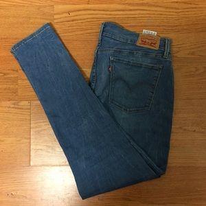 Women's Levi's 710 jeans size 32 super skinny